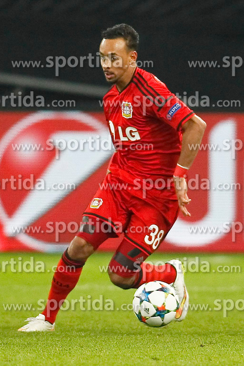 25.02.2015, BayArena, Leverkusen, GER, UEFA EL, Bayer 04 Leverkusen vs Atletico Madrid, 1. Runde, R&uuml;ckspiel, im Bild Karim Bellarabi (Bayer 04 Leverkusen #38) // during the UEFA Europa League 1st Round, 2nd Leg match between Bayer 04 Leverkusen and Atletico Madrid at the BayArena in Leverkusen, Germany on 2015/02/25. EXPA Pictures &copy; 2015, PhotoCredit: EXPA/ Eibner-Pressefoto/ Schueler<br /> <br /> *****ATTENTION - OUT of GER*****