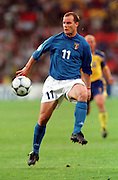 GIANLUCA PESSOTTO (ITALY)  EURO 2000.ITALY V SWEDEN 19/06/00 EINDHOVEN.PHOTO ROGER PARKER.