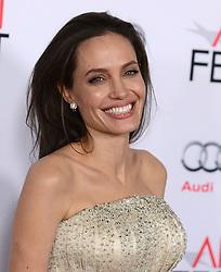 Angelina Jolie Pitt bei der By The Sea Opening Night Gala Premiere während des AFI FEST 2015 in Hollywood / 051115<br /> <br /> *** AFI FEST 2015: By The Sea Opening Night Gala Premiere in Hollywood on november 5, 2015***