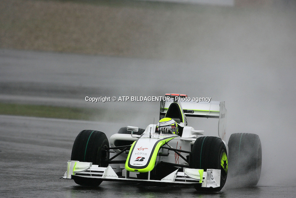 Jenson Button, Brawn GP Formula One Team, Formel 1 GP von China in Shanghai 19.04.09<br /><br />- rain race - Formula One, F1, Grand Prix of China -  copyright mandatory &copy; ATP Lukas GORYS