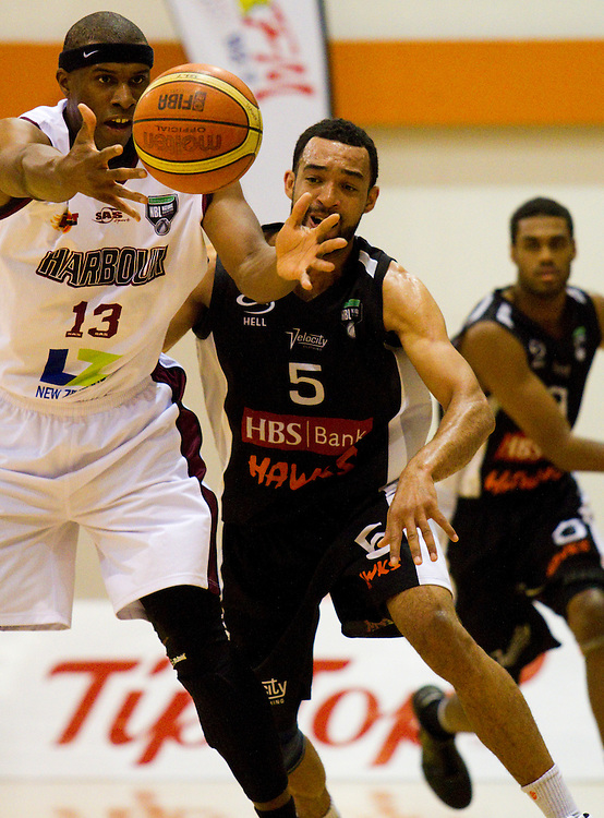 Heat's Kevin Smith takes the pass at the NBL game against the Hawks, Pettigrew Green Arena, Napier, New Zealand, Friday, April 20, 2012. Photo: SNPA / Bethelle McFedries