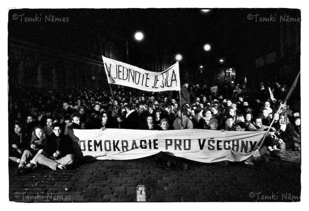 *En -Czechoslovakia, Prague, November 17, 1989 Czech students organized a demonstration to commemorate the student martyr Jan Opletal and the International Students Day. It started off as an officially-sanctioned march, but turned quickly into demonstration demanding the resignation of the country's communist government. Students were brutally beaten by riot police. This annoyed the public so much that they went on strike as well, demanding the same thing.Demonstrations, which were held afterwards, were attended by more and more people. With the growing street protests and with other communist regimes falling around, the Communist Party of Czechoslovakia finally announced on November 28 they would step out.November 17, 1989, started the so called Velvet Revolution. As a result, the first democratic elections since 1946 were held in June 1990 and brought the first completely non-communist government to Czechs and Slovaks in over 40 years. Czechoslovakia, Prague, November 17, 1989 <br /> *Cz - Studentska demonstrace k vyroci zastreleni studenta Jana Opletala (11.listopadu 1939) prerostla v otevreny odpor proti komunisticke diktature. Pokojna studentska demonstrace byla brutalne potlacena komunistickou verejnou i tajnou policii. V nasledujicich dnech se statisice lidi postavili verejne proti totalitni moci a zacal prevrat-revoluce v Ceskoslovensku. Svetovymi medii byla pojmenovana jako Velvet Revolution - Sametova revoluce, diky jejimu nenasilnemu prubehu, ktere vedlo k svrzeni komunisticke diktatury v Ceskoslovensku a jmenovani disidenta Vaclava Havla prezidentem.