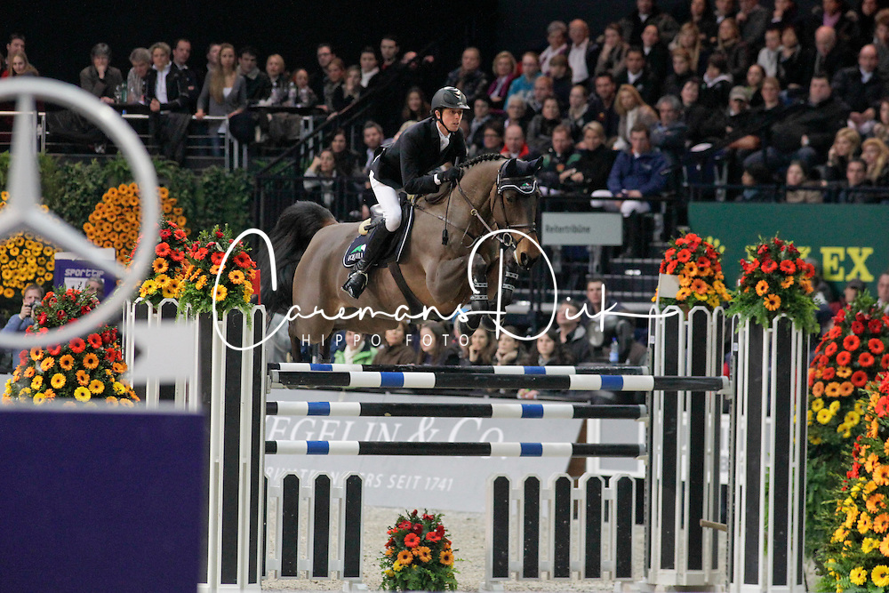 Maher Ben (GBR) - Robin Hood W<br /> Second in the Rolex FEI World Cup Zurich 2011<br /> &copy; Dirk Caremans