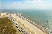 Nederland, Zuid-Holland, Rotterdam, 10-06-2015; Tweede Maasvlakte (MV2), Maasvlaktestrand met parkeerterreinen en duinovergangen die toegang geven tot het badstrand. <br /> <br /> Second Maasvlakte, Maasvlakte Beach with parking and dune crossings that provide access to the bathing beach.<br /> luchtfoto (toeslag op standard tarieven);<br /> aerial photo (additional fee required);<br /> copyright foto/photo Siebe Swart