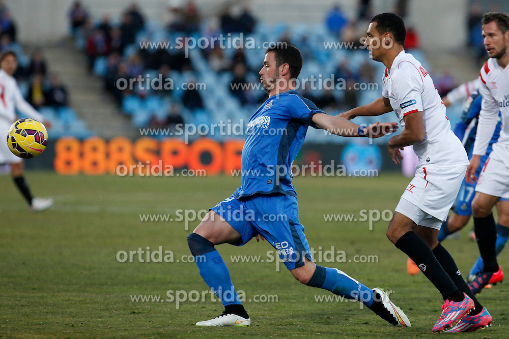 08.02.2015, Coliseum Alfonso Perez, Madrid, ESP, Primera Division, FC Getafe vs FC Sevilla, 22. Runde, im Bild Getafe&acute;s Alvaro (L) and Sevilla&acute;s Kolo // uring the Spanish Primera Division 22nd round match between Getafe FC and Sevilla FC at the Coliseum Alfonso Perez in Madrid, Spain on 2015/02/08. EXPA Pictures &copy; 2015, PhotoCredit: EXPA/ Alterphotos/ Victor Blanco<br /> <br /> *****ATTENTION - OUT of ESP, SUI*****