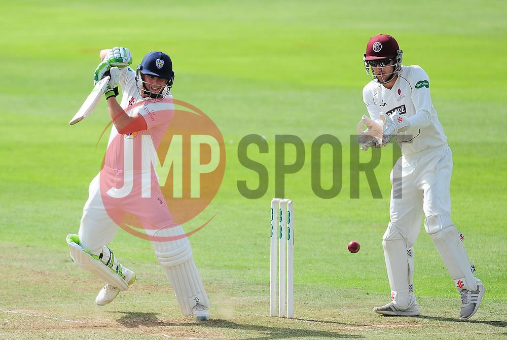 Scott Borthwick of Durham in action.  - Mandatory by-line: Alex Davidson/JMP - 04/08/2016 - CRICKET - The Cooper Associates County Ground - Taunton, United Kingdom - Somerset v Durham - County Championship