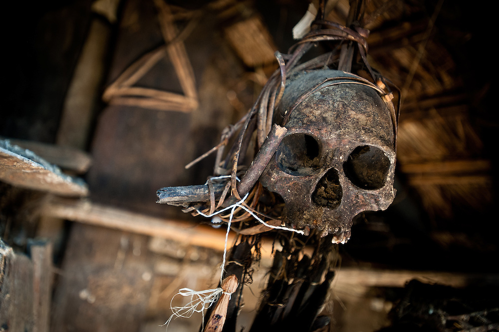 Legend has it that the skull hanging in the hut behind the chief of Pansar's house once belonged to a Koki warrior. Despite its unimpressive housing, the chief of Pansar said, the skull still has the power to cause trouble for anyone who disrespects it.