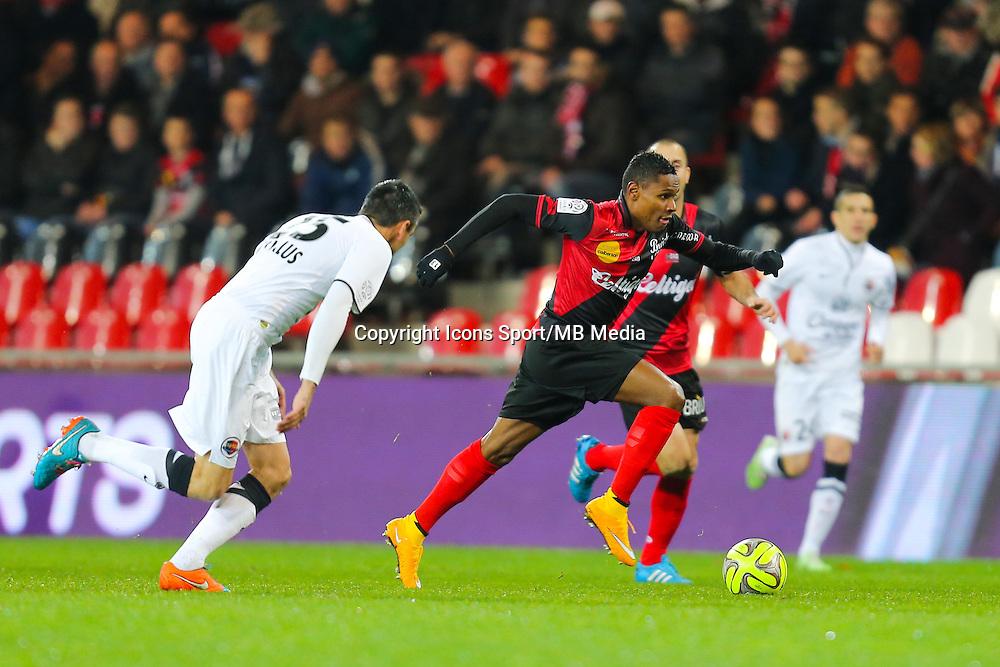 Christophe MANDANNE / Julien FERET  - 03.12.2014 - Guingamp / Caen - 16eme journee de Ligue 1 <br /> Photo : Vincent Michel / Icon Sport
