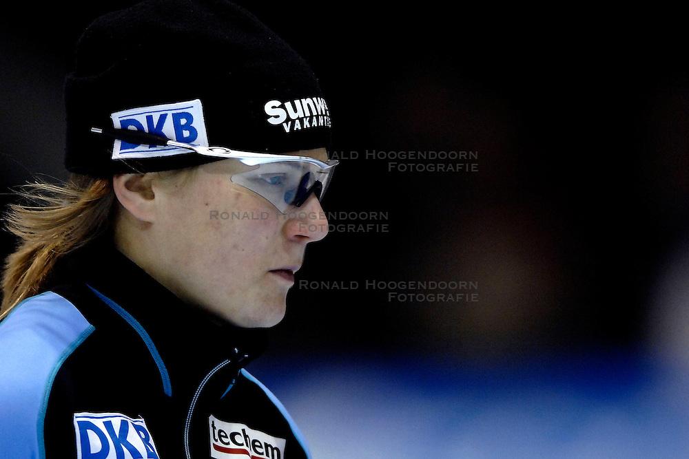28-01-2007 SCHAATSEN: ESSENT WORLDCUP SPRINT: HEERENVEEN<br />Jenny Wolf GER<br />&copy;2007-WWW.FOTOHOOGENDOORN.NL