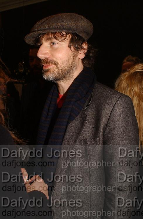 Mathias Augustyniak. M/M ( PARIS). HAUNCH OF VENISON. LONDON. 16 February 2006. ONE TIME USE ONLY - DO NOT ARCHIVE  © Copyright Photograph by Dafydd Jones 66 Stockwell Park Rd. London SW9 0DA Tel 020 7733 0108 www.dafjones.com