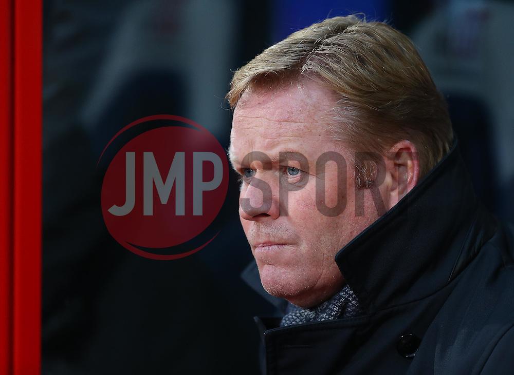 Southampton Manager Ronald Koeman - Mandatory byline: Paul Terry/JMP - 12/12/2015 - Football - Selhurst Park - London, England - Crystal Palace v Southampton - Barclays Premier League