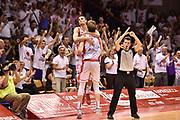DESCRIZIONE : Reggio Emilia Lega A 2014-15 Semifinale Gara 6 Grissin Bon Reggio Emilia - Umana Venezia <br /> GIOCATORE : Achille Polonara Andrea CInciarini <br /> CATEGORIA : pubblico tifosi esultanza mani <br /> SQUADRA : Grissin Bon Reggio Emilia<br /> EVENTO : Campionato Lega A 2014-2015 <br /> GARA : Semifinale Gara 6 Grissin Bon Reggio Emilia - Umana Venezia<br /> DATA : 09/06/2015<br /> SPORT : Pallacanestro <br /> AUTORE : Agenzia Ciamillo-Castoria/GiulioCiamillo<br /> Galleria : Lega Basket A 2014-2015  <br /> Fotonotizia : Reggio Emilia Lega A 2014-15 Semifinale Gara 6 Grissin Bon Reggio Emilia - Umana Venezia