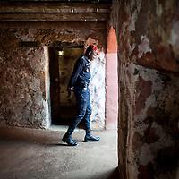 26/06/2013.  Dakar. Senegal. L'île de Gorée la veille de la visite d'Obama. La Maison des esclaves qui sera visitée par Obama et sa famille est en permanence sous surveillance. ©Sylvain Cherkaoui/Cosmos