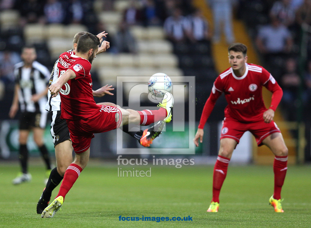 Ryan Yates (left) of Notts County and Seamus Conneely of Accrington Stanley go in for a tackle during the Sky Bet League 2 match at Meadow Lane, Nottingham<br /> Picture by James Wilson/Focus Images Ltd 07522 978714‬‬<br /> 25/08/2017