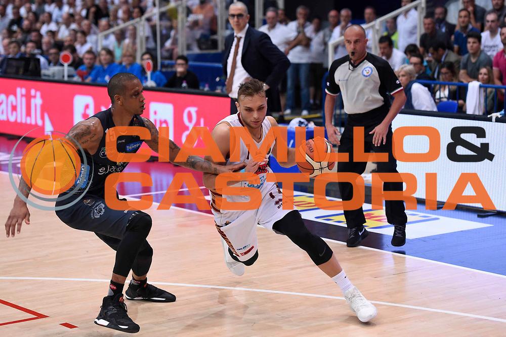 Stefano Tonut<br /> Dolomiti Energia Aquila Basket Trento - Umana Reyer Venezia<br /> Lega Basket Serie A 2016/2017<br /> Playoff, finale gara 3<br /> Trento, 14/06/2017<br /> Foto Ciamillo-Castoria