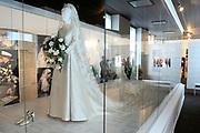 Beatrix opent tentoonstelling M&aacute;xima, 10 jaar in Nederland.//<br /> Queen Beatrix opens the exibition Maxima 10 years in the Netherlands<br /> <br /> Op de foto:<br /> <br />  De Trouwjurk van Maxima ontworpen door Valentino // The Wedding Dress of Maxima designed by Valentino