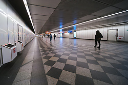 eine leere U-Bahnstation in Folge des Coronavirus-Ausbruchs in Oesterreich, aufgenommen am 15.03.2020, Wien, Oesterreich // an empty underground station as a result of the coronavirus outbreak in Austria, Vienna, Austria on 2020/03/15. EXPA Pictures © 2020, PhotoCredit: EXPA/ Florian Schroetter