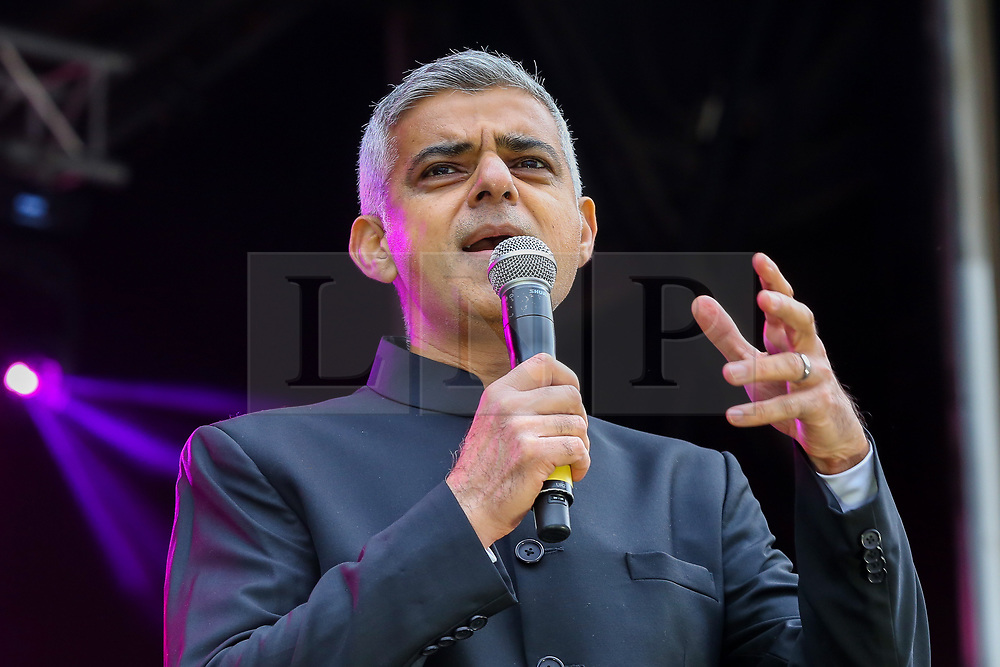 © Licensed to London News Pictures. 03/11/2019. London, UK. London's Mayor SADIQ KHAN speaks during the Diwali celebrations in London.  in Trafalgar Square to celebrate Diwali - the festival of light. Hundreds of Hindus, Sikhs, Jains and people from all communities attend Diwali celebrations in London's Trafalgar Square. Diwali s celebrated each year with a free concert of traditional, religious and contemporary Asian music and dance. Photo credit: Dinendra Haria/LNP