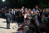 19 JUN 2013, BERLIN/GERMANY:<br /> Joachim Gauck (L), Bundesprasident, und Barack Obama (R), Praesident USA, gehen nach dem Abschreiten der Ehrenformation des Wachbattailons der Bundeswehr zu einer GRuppe von Schuelerinnen und Schuelern, Besuch des Praesidenten der Vereinigten Staaten von Amerika in Deutschland, Schloss Bellevue<br /> IMAGE: 20130619-01-008<br /> KEYWORDS: Präsident U.S.A., Faehnchen, Fähnchen, Schueler, Schüler