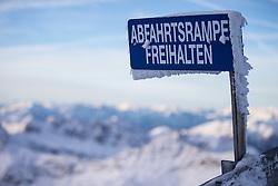 """TEMENBILD - Mölltaler Gletscher ist der Name für ein Skigebiet in Österreich, Kärnten, in der Nähe von Flattach. Das Skigebiet ist im Besitz der Schultz Gruppe. Das Skigebiet dient in den Sommer und Herbstmonaten als T Trainingstätte für den Internationalen Ski Zirkus. Aufgenommen am 17.10.2012. Hier im Bild Vereistes Schild mit der Aufschrift """"Abfahrtsrampe Freihalten"""" an der Berstation der Gipfellift zum Schareck (3.122m) """"Sesselbahn 3000"""" // THEME IMAGE FEATURE - Moelltal Glacier is the name of a ski resort in Austria, Carinthia, near Flattach. The resort is owned by the Schultz group. The ski area is in the summer and autumn months as T training venue for the International Ski Circus. The image was taken on october, 17th, 2012. Picture shows the Iced sign reading """"Exit Ramp Keeping"""" on mountain station of chairlift to Schareck (3.122m) """"Sesselbahn 3000"""". EXPA Pictures © 2012, PhotoCredit: EXPA/ J. Groder"""