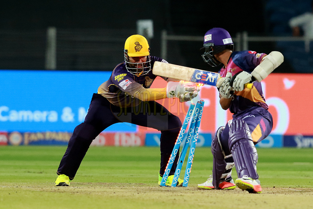 Robin Uthappa of  KKR during match 30 of the Vivo 2017 Indian Premier League between the Rising Pune Supergiants and the Kolkata Knight Riders  held at the MCA Pune International Cricket Stadium in Pune, India on the 26th April 2017<br /> <br /> Photo by Rahul Gulati - Sportzpics - IPL