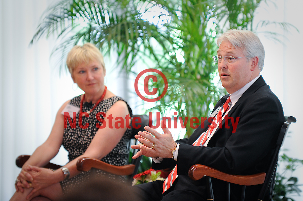 Chancellor Randy Woodson with wife, Susan.