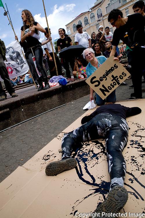 Protestors at the Anti-oil exploration protest  in la Plaza de la Cultura Saturday