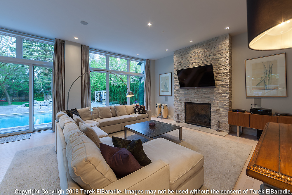 180 Glenview Dr, Mississauga   Real Estate Photography