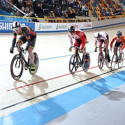 18-12-2016: Wielrennen: NK baanwielrennen: Apeldoorn  <br />Jeffrey Hoogland plaatste zich makkelijk voor de halve finale samn et Sam Ligtlee