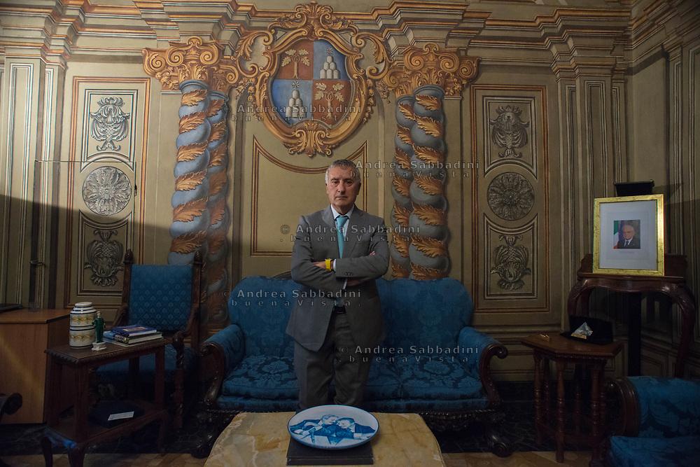 Roma, 14/06/2017: Franco Roberti, procuratore nazionale antimafia e antiterrorismo, nel suo studio di lavoro nella sede della procura in via Giulia.<br /> &copy; Andrea Sabbadini