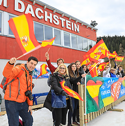 17.03.2017, Ramsau am Dachstein, AUT, Special Olympics 2017, Wintergames, Langlauf, Divisioning 5 km Freestyle, im Bild Fans des Teilnehmerlandes Spanien // fans of Spain during the Cross Country Divisioning 5 km Freestyle at the Special Olympics World Winter Games Austria 2017 in Ramsau am Dachstein, Austria on 2017/03/17. EXPA Pictures © 2017, PhotoCredit: EXPA / Martin Huber