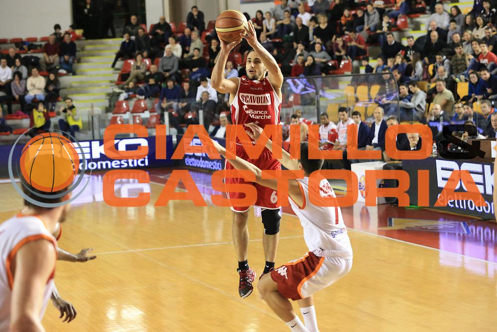 DESCRIZIONE : Roma Lega A 2012-13 Acea Roma Scavolini Banca Marche Pesaro<br /> GIOCATORE : Rok Stipcevic<br /> CATEGORIA : three points<br /> SQUADRA : Scavolini Banca Marche Pesaro<br /> EVENTO : Campionato Lega A 2012-2013 <br /> GARA : Acea Roma Scavolini Banca Marche Pesaro<br /> DATA : 20/01/2013<br /> SPORT : Pallacanestro <br /> AUTORE : Agenzia Ciamillo-Castoria/M.Simoni<br /> Galleria : Lega Basket A 2012-2013  <br /> Fotonotizia :  Roma Lega A 2012-13 Acea Roma Scavolini Banca Marche Pesaro<br /> Predefinita :