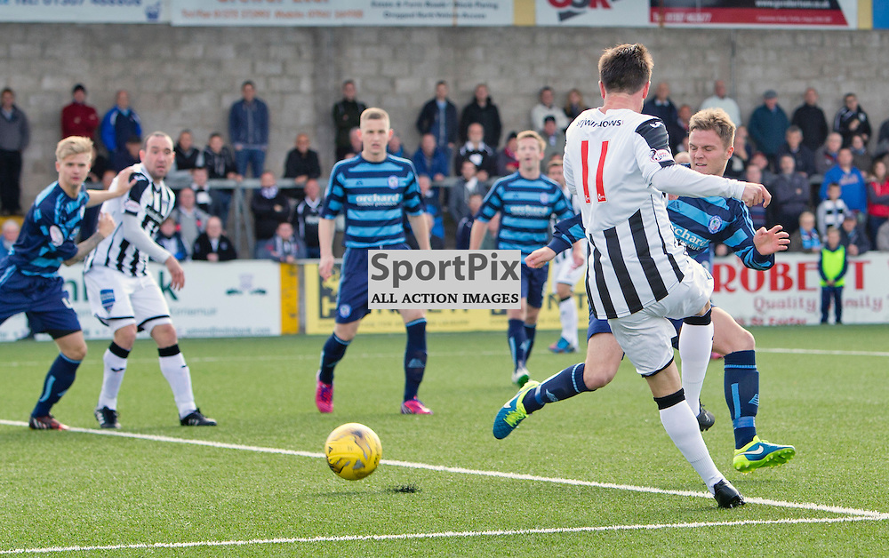 Forfar Athletic v Dunfermline Athletic SPFL League One Season 2015/16 Station Park 05 September 2015<br /> Joe Cardle makes it 1-0<br /> CRAIG BROWN | sportPix.org.uk