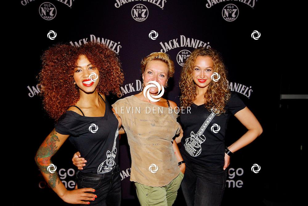 AMSTERDAM - In de Ziggo Dome is de eerste officiële Jack Daniel's bar in Europa geopend. Met op de foto  Mariska van Kolck. FOTO LEVIN DEN BOER - PERSFOTO.NU