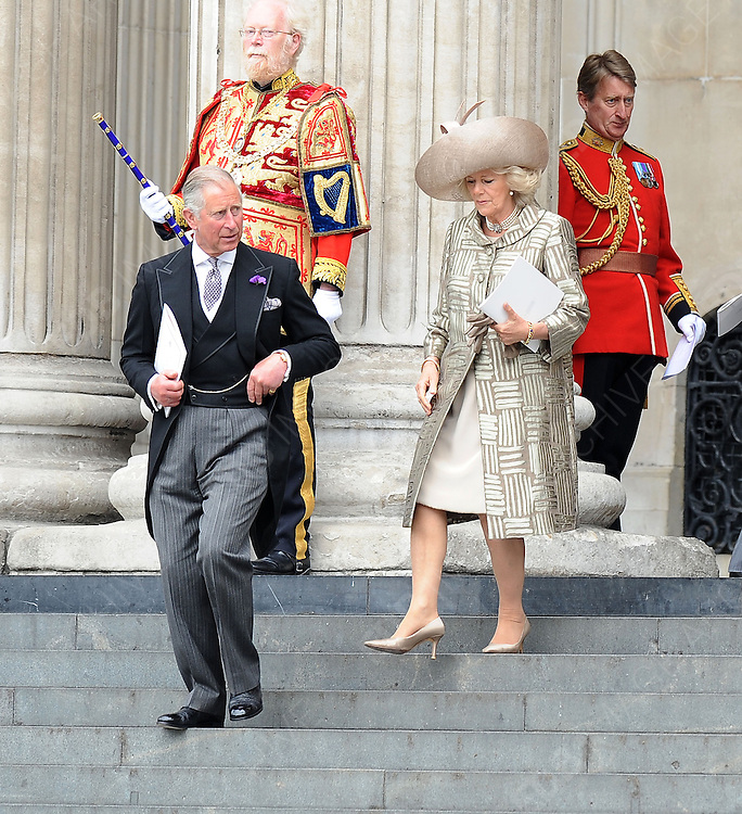 05.JUNE.2012. LONDON<br /> <br /> PRINCE CHARLES AND CAMILLA DUCHESS OF CORNWALL LEAVING THE SERVICE OF THANKSGIVING AS PART OF THE QUEEN'S DIAMOND JUBILEE CELEBRATIONS AT ST PAUL'S CATHEDRAL IN LONDON<br /> <br /> BYLINE: EDBIMAGEARCHIVE.CO.UK<br /> <br /> *THIS IMAGE IS STRICTLY FOR UK NEWSPAPERS AND MAGAZINES ONLY*<br /> *FOR WORLD WIDE SALES AND WEB USE PLEASE CONTACT EDBIMAGEARCHIVE - 0208 954 5968*