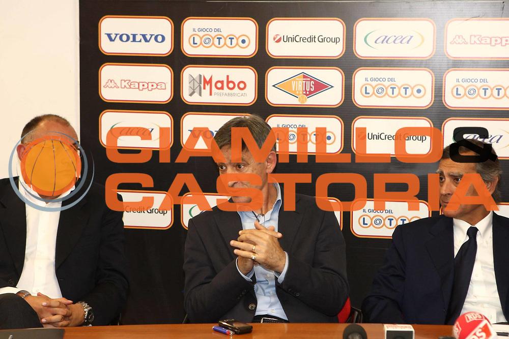 DESCRIZIONE : Roma Lega A 2009-10 Conferenza Stampa Presentazione Boscia Tanjevic<br /> GIOCATORE : Matteo Boniciolli Boscia Tanjevic Claudio Toti<br /> SQUADRA : <br /> EVENTO : Conferenza Stampa Presentazione Boscia <br /> GARA : 21/06/2010<br /> CATEGORIA : Conferenza Stampa Ritratto<br /> SPORT : Pallacanestro<br /> AUTORE : Agenzia Ciamillo-Castoria/GiulioCiamillo<br /> Galleria : Lega Basket A 2009-2010 <br /> Fotonotizia : Roma Lega A 2009-10 Conferenza Stampa Presentazione Boscia Tanjevic<br /> Predefinita :