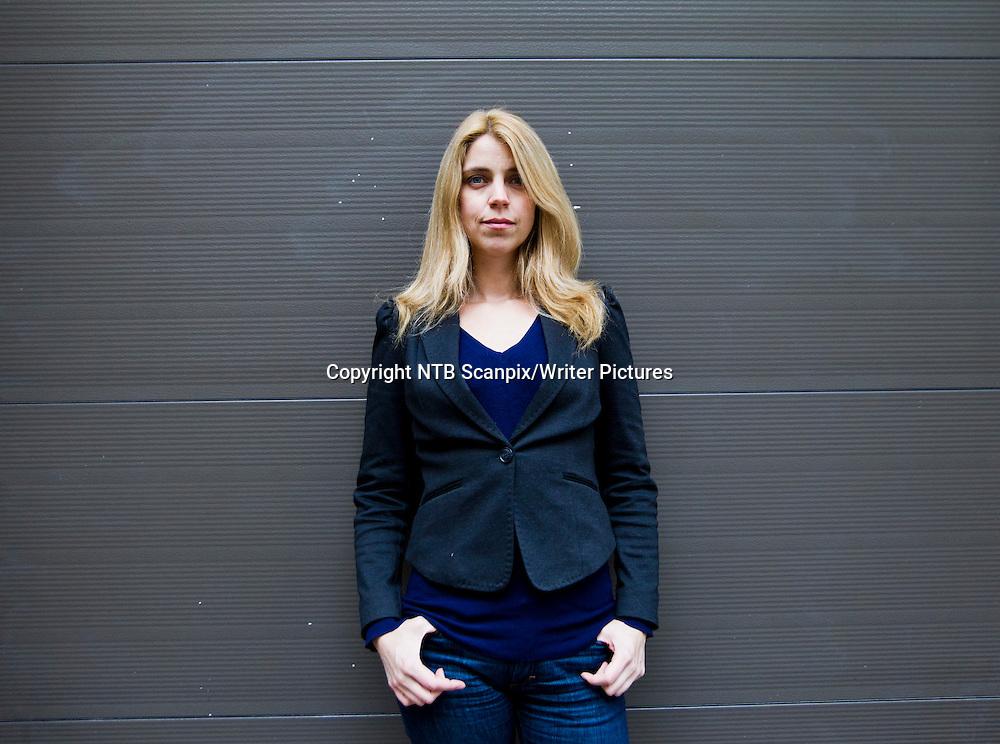 Oslo  20121008.<br /> Den norske krimforfatteren Alexandra Beverfjord, som er aktuell med sin andre bok &quot;Kronprinsen&quot;, i Oslo mandag.<br /> Foto: Vegard Gr&macr;tt / NTB scanpix<br /> <br /> NTB Scanpix/Writer Pictures<br /> <br /> WORLD RIGHTS, DIRECT SALES ONLY, NO AGENCY