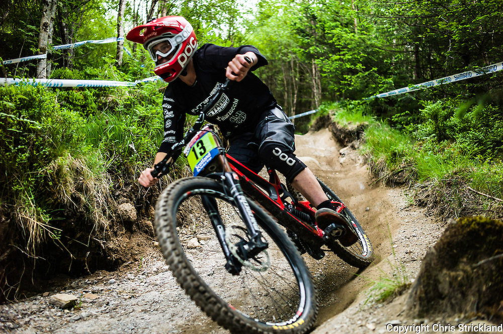 Nevis Range, Fort William, Scotland, UK. 4th June 2016. Lucas Cole of New Zealand in action as the worlds leading mountain bikers descend on Fort William for the UCI World Cup on Nevis Range.