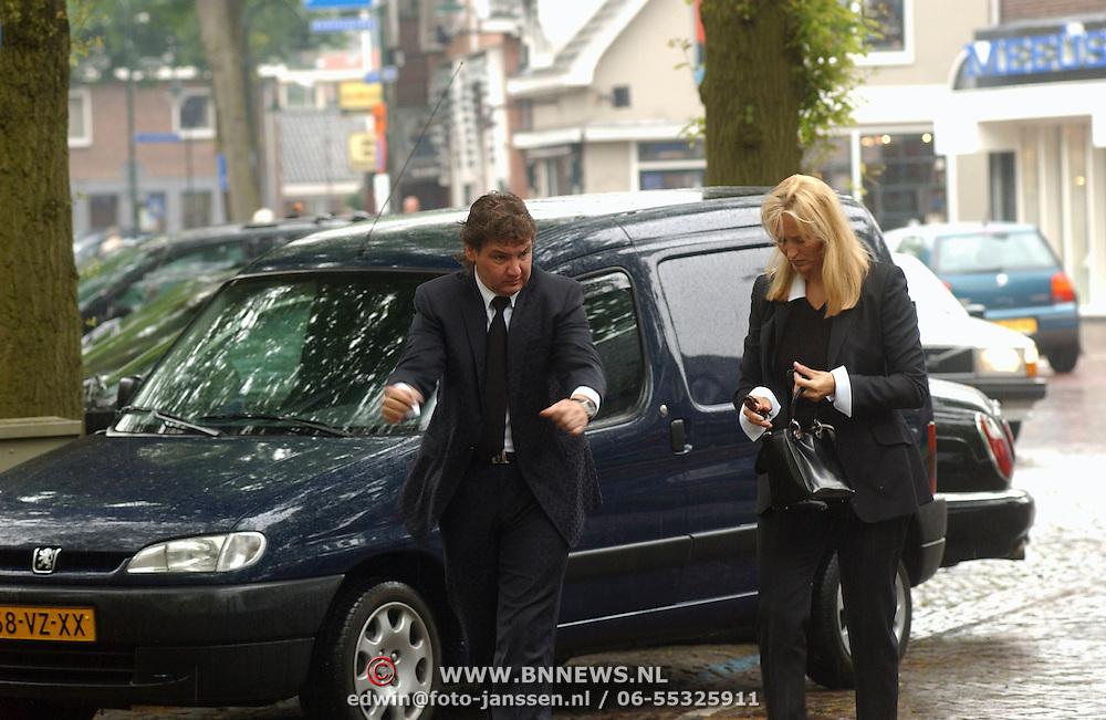 Begrafenis Elly van der Berkt, Rene Froger en Natascha Kunst