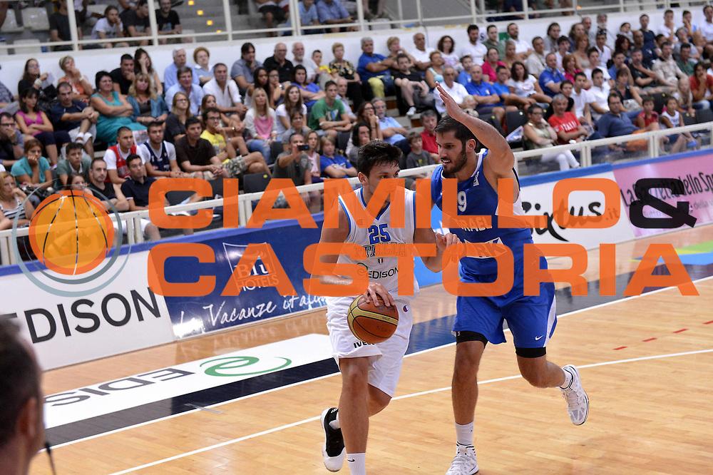 DESCRIZIONE : Trento Basket Cup 2013 Italia Israele<br /> GIOCATORE : Alessandro Gentile<br /> CATEGORIA : Penetrazione<br /> SQUADRA : Nazionale Italia Uomini Maschile<br /> EVENTO : Trento Basket Cup 2013 Italia Israele<br /> GARA : Italia Israele<br /> DATA : 08/08/2013<br /> SPORT : Pallacanestro<br /> AUTORE : Agenzia Ciamillo-Castoria/GiulioCiamillo<br /> Galleria : FIP Nazionali 2013<br /> Fotonotizia : Trento Basket Cup 2013 Italia Israele<br /> Predefinita :