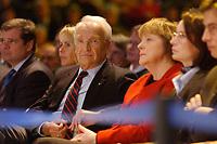 12 JAN 2003, BRAUNSCHWEIG/GERMANY:<br /> Edmund Stoiber (Mi-L), CSU, Ministerpraesident Bayern, Angela Merkel (Mi-R), CDU Bundesvorsitzende, Wahlkampfauftakt der CDU Niedersachsen zur Landtagswahl, Volkswagenhalle<br /> IMAGE: 20030112-01-013<br /> KEYWORDS: Ministerpr&auml;sident