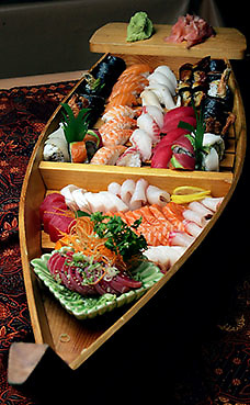 070730-SANDY SPRINGS, GA: Photo of the Samaurai sushi boat from the Bangkok Thyme restaurant in Sandy Springs. For NorthSide food review.(PHOTO BY PHIL SKINNER/staff)