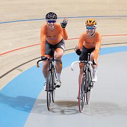 29-12-2018: Wielrennen: NK Baan: Apeldoorn<br /> NK Koppelkoers vrouwen gewonnen door Kirsten WIld en Amy Pieters