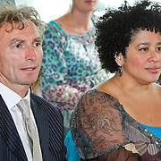 NLD/Den Haag/20100906 - Start Alfabetiseringsweek met installatie forum A tot Z, Paul Rosenmoller en Tania Kross