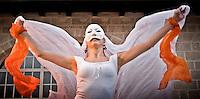 """Ballerina del gruppo musicale di Pizzica """"Arakne Mediterranea"""" durante un concerto a """"Castello Monaci"""" nei pressi di Salice Salentino in provincia di Lecce. (30/05/2010 PH Gabriele Spedicato)..dancer of band """"Arakne Mediterranea"""" during the concert in """"Castello Monaci"""" near Salice Salentino, a Town in province of Lecce. (30/05/2010 PH Gabriele Spedicato)..La pizzica, o, detta nella sua forma più tradizionale pizzica pizzica, è una danza popolare attribuita oggi particolarmente al Salento, ma in realtà era praticata sino agli anni '70 del XX sec. in tutta la Puglia centro-meridionale e in Basilicata..Fa parte della grande famiglia delle tarantelle, come si usa chiamare quel variegato gruppo di danze diffuse dall'Età Moderna nell'Italia meridionale."""