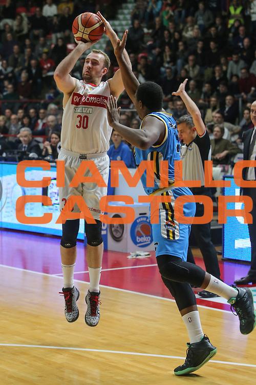 basket pallacanestro andata 2015 2016<br /> palawhirlpool <br /> varese openjobmetis vs cremona vanoli :