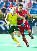 ANTWERP -   Simon Gougnard (r) of Belgium with Australian Timothy Deavin    of Australia during the final Australia vs Belgium (1-0). WSP COPYRIGHT KOEN SUYK