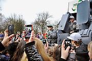 Nederland, Nijmegen, 14-2-2012Rapper, rapidool Kempi doet een mini optreden bij een vmbo school. Hij ondersteunt de campagne Remix it om jongeren te stimuleren IT en elektrische apparatuur in te leveren om te recyclen.Foto: Flip Franssen/Hollandse Hoogte