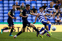Liam Kelly of Reading takes on Mason Mount of Derby County - Mandatory by-line: Robbie Stephenson/JMP - 03/08/2018 - FOOTBALL - Madejski Stadium - Reading, England - Reading v Derby County - Sky Bet Championship