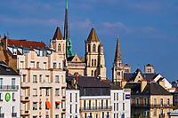 France, Côte-d'Or (21), Paysage culturel des climats de Bourgogne classés Patrimoine Mondial de l'UNESCO, Dijon, cathédrale Sainte Bénigne, façade gothique // France, Burgundy, Côte-d'Or, Dijon, Unesco world heritage site, Sainte Benigne Cathedral